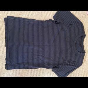 Lululemon T shirt size 6